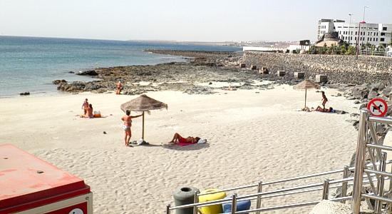 Play chica los pozos en puerto del rosario fuerteventura guia de playas de fuerteventura - Pension puerto del rosario ...